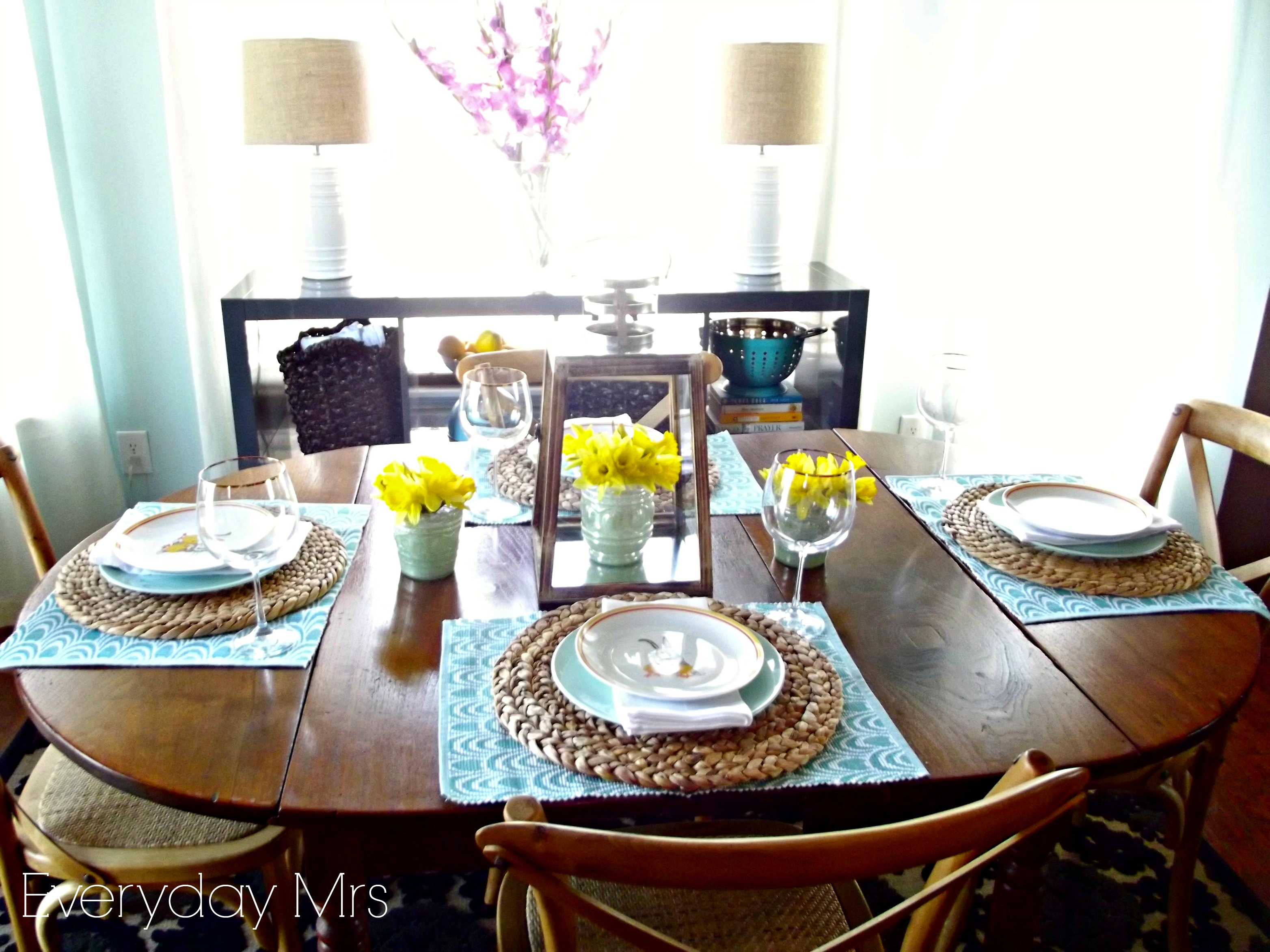 Everyday easter table everyday mrs for Everyday kitchen table setting ideas